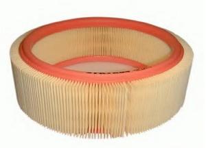 Воздушный фильтр Рено Логан