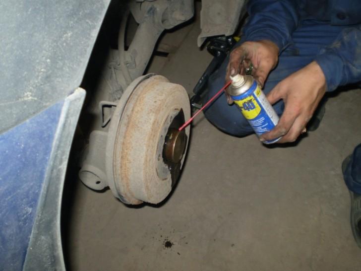 Замена колеса автомобиля своими руками