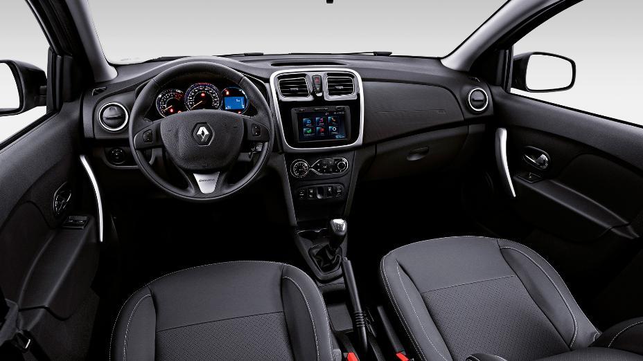 Сравним автомобили Renault Logan и Tagaz Vega